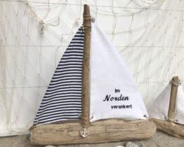 Maritime Treibholzsegler